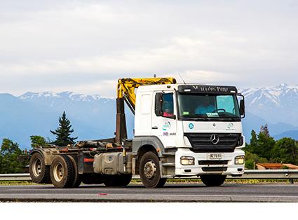 Hoolklift Truck Transport